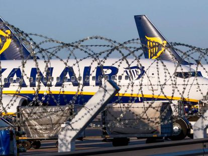 Ryanair plane in Belgium.