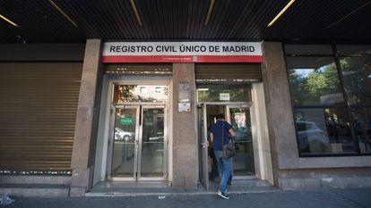 A Civil Registry office in Madrid.