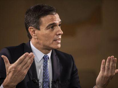 Caretaker Prime Minister Pedro Sánchez, during the interview.