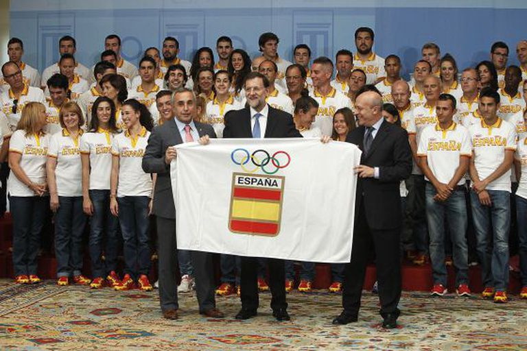 Mariano Rajoy with the Spanish Olympic squad this summer.