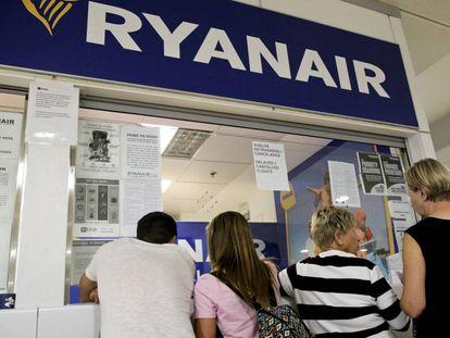 Ryanair desk during strike in 2018.