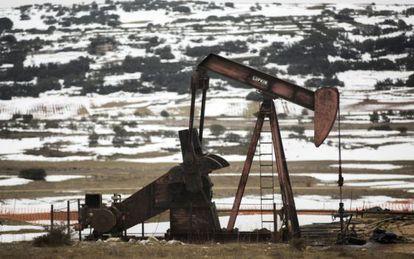 Oil wells at Sargentes de Lora, Burgos.