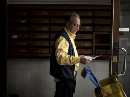 Juan Tamayo has been working as a mail carrier for 33 years.