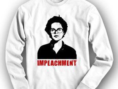 One of the anti-Rousseff sweatshirts.