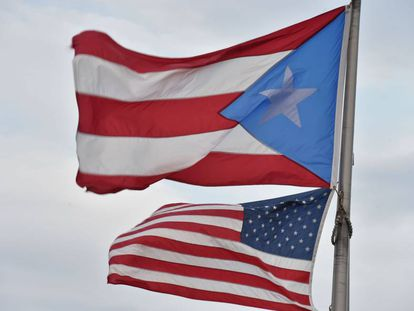 The US and Puerto Rican flags.