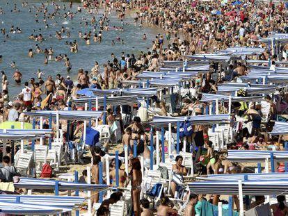A packed Playa de la Concha in San Sebastián, in the Basque Country.