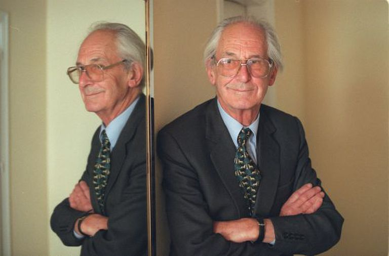 Raymond Carr photographed in Madrid in 2001.