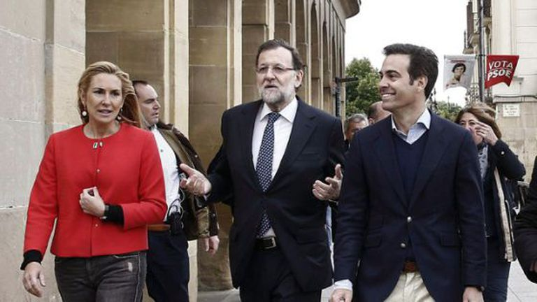 Rajoy (c) in Pamplona on Tuesday.