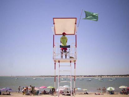 A lifeguard on duty in Sanlúcar de Barrameda, Cádiz.