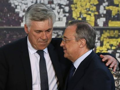 Carlo Ancelotti (left) is congratulated by Real Madrid president Florentino Pérez at the coach's presentation on Wednesday.