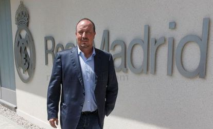 Rafa Benítez, pictured outside Real's training ground.