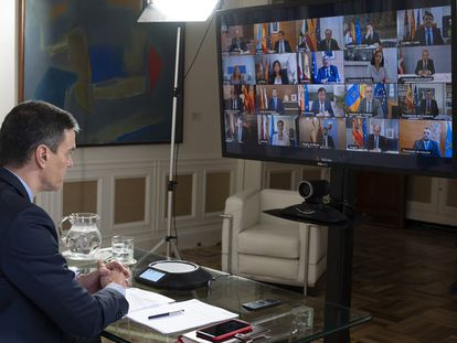 Pedro Sánchez speaks to Spain's regional leaders on Sunday.