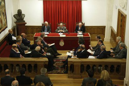 Presentation of the paper on constitutional reform on Monday.