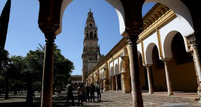 Tourists visiting the Mosque-Cathedral of Córdoba.