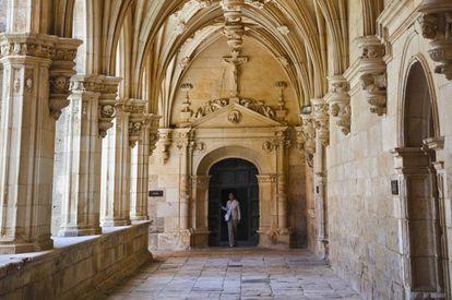 Cloister of the monastery of San Zoilo in Carrión de los Condes (Palencia).