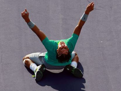 Rafael Nadal celebrates after defeating Juan Martín Del Potro to win the men's final match of the 2013 BNP Paribas Open at the Indian Wells Tennis Garden.