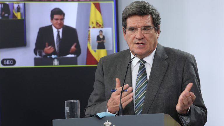 Social Security Minister José Luis Escrivá at a news conference on September 29.