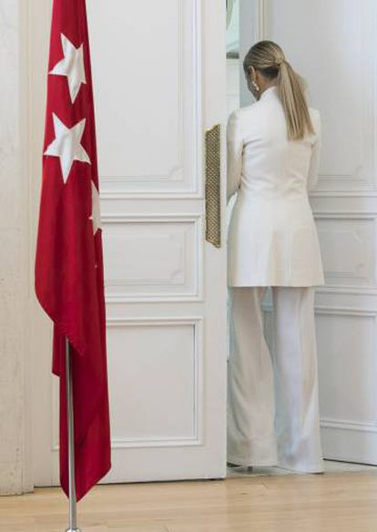 Cristina Cifuentes at the press conference on Wednesday.