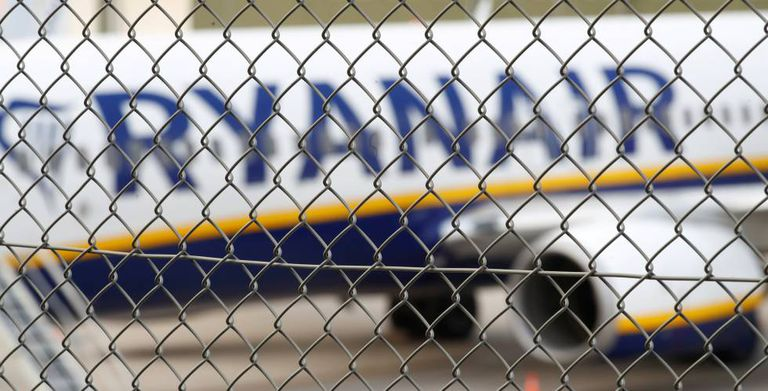 A Ryanair plane in Weeze.