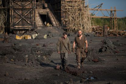Shipbuilding: Russell Crowe (right) and Logan Lerman in 'Noah.'