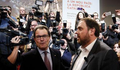 Catalan premier Artur Mas (left) and ERC leader Oriol Junqueras.