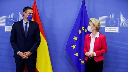 Spain's PM Pedro Sánchez and EU Commission President Ursula von der Leyen in late September.