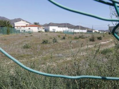 The fenced off area in Palomares where four nuclear bombs fell from a US plane on January 17, 1966.