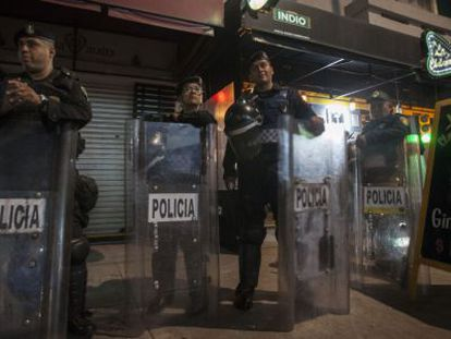 Police carry out an operation in the Condesa neighborhood in July.