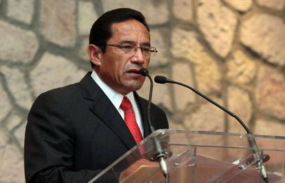 Alberto Reyes Vaca on the day of his appointment to the position of Public Safety Secretary for the State of Michoacán in May 2013.