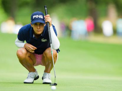 Azahara Muñoz eyes a putt during the final round of the Open de France, which she won last week.