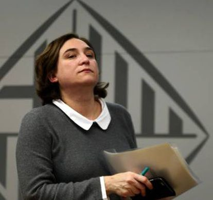 Barcelona mayor Ada Colau has taken a tough stance against unlicensed vacation rentals in the city.