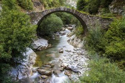 Old rock bridge in Isaba, Navarra.