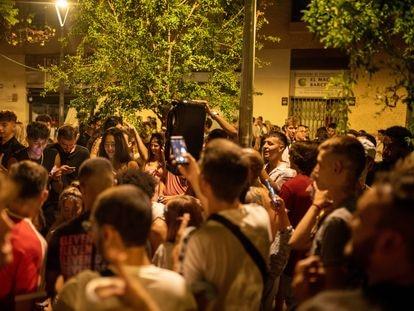 Crowds in Barcelona's Gràcia neighborhood on August 19.