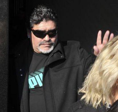 Maradona at his father's funeral.