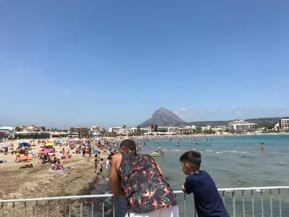 Arenal beach in Xàbia on Sunday.
