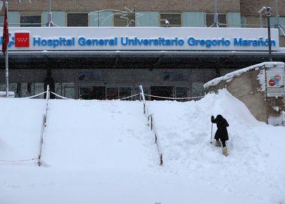 Hospital Gregorio Marañon in Madrid on Saturday.
