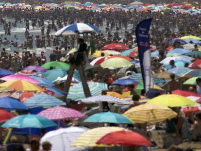 Valencia's Malvarosa Beach, where temperatures reached 31ºC on Sunday.
