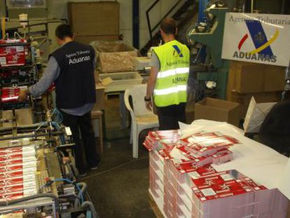 An illegal tobacco factory dismantled by Spanish customs.