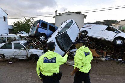 Cars piled up in Sant Llorenç des Cardassar.
