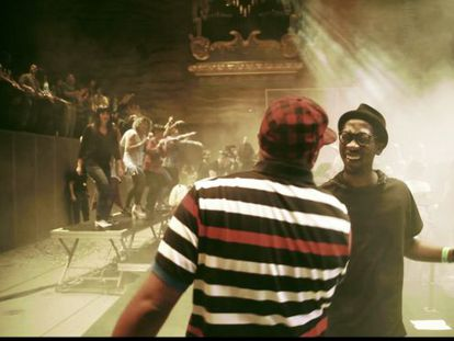 The documentary, featuring Lisbon group Buraka Som Sistema, shows how new styles such as 'kuduro' are going global.