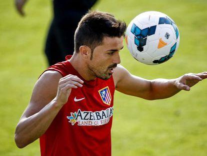 Atlético de Madrid's David Villa pepares for his official debut with the club.