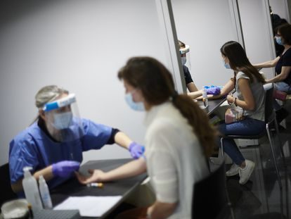 Healthcare workers being tested for coronavirus in Pamplona on Tuesday.