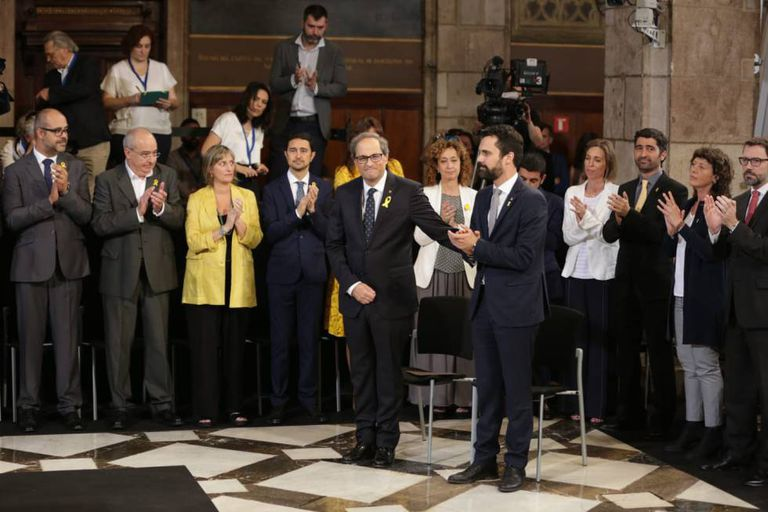 Premier Quim Torra (c) with his new Catalan regional government.