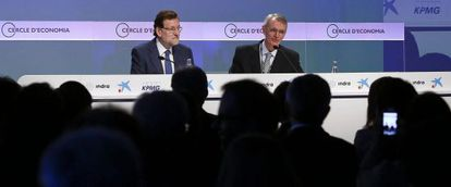 Prime Minister Mariano Rajoy (left) addressing business leaders in Sitges in May.