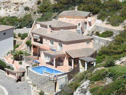 Brad Pitt's new home in Mallorca.
