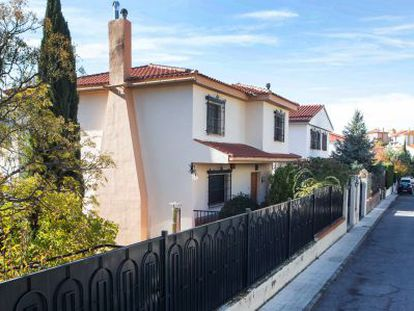 The house in Pinos Genil (Granada) where some of the abuse allegedly took place.