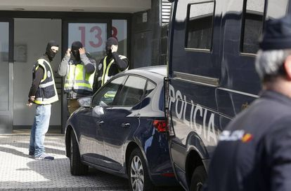 Police arrest a suspected terrorist in Ceuta on October 16.