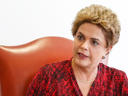 Dilma Rousseff during the meeting with foreign journalists in Brasilia.