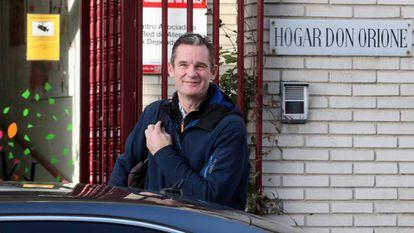 Iñaki Urdangarin arrives at Hogar Don Orione, where he has been volunteering since September.
