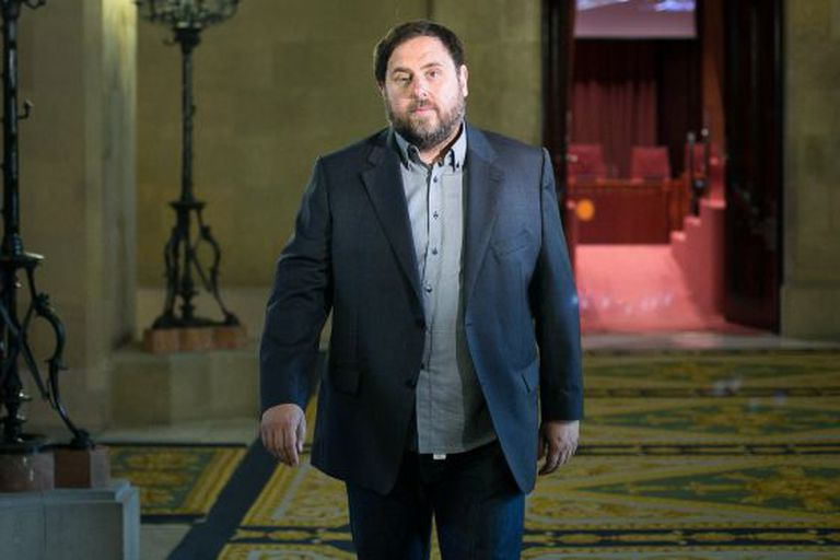 ERC leader Oriol Junqueras supports civil disobedience against Madrid.